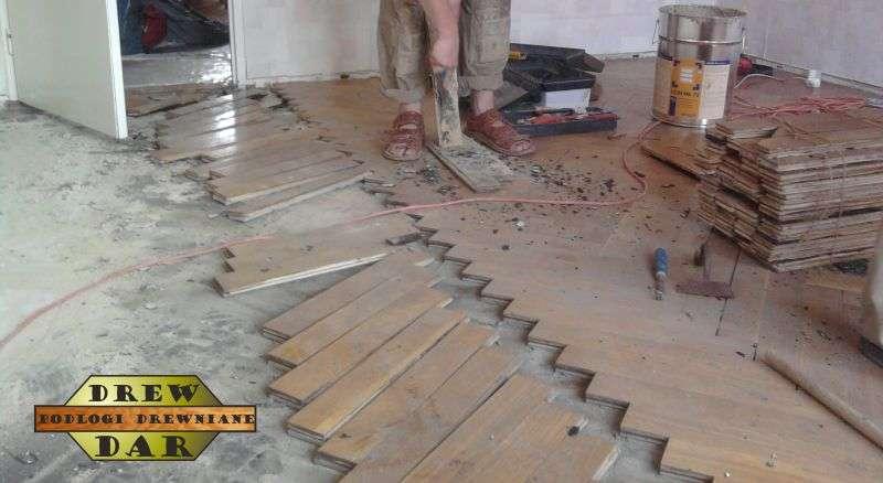 Przekładanie starego parkietu (renowacja, cyklinowanie) drew-dar