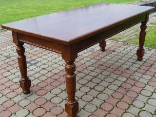 stół po renowacji
