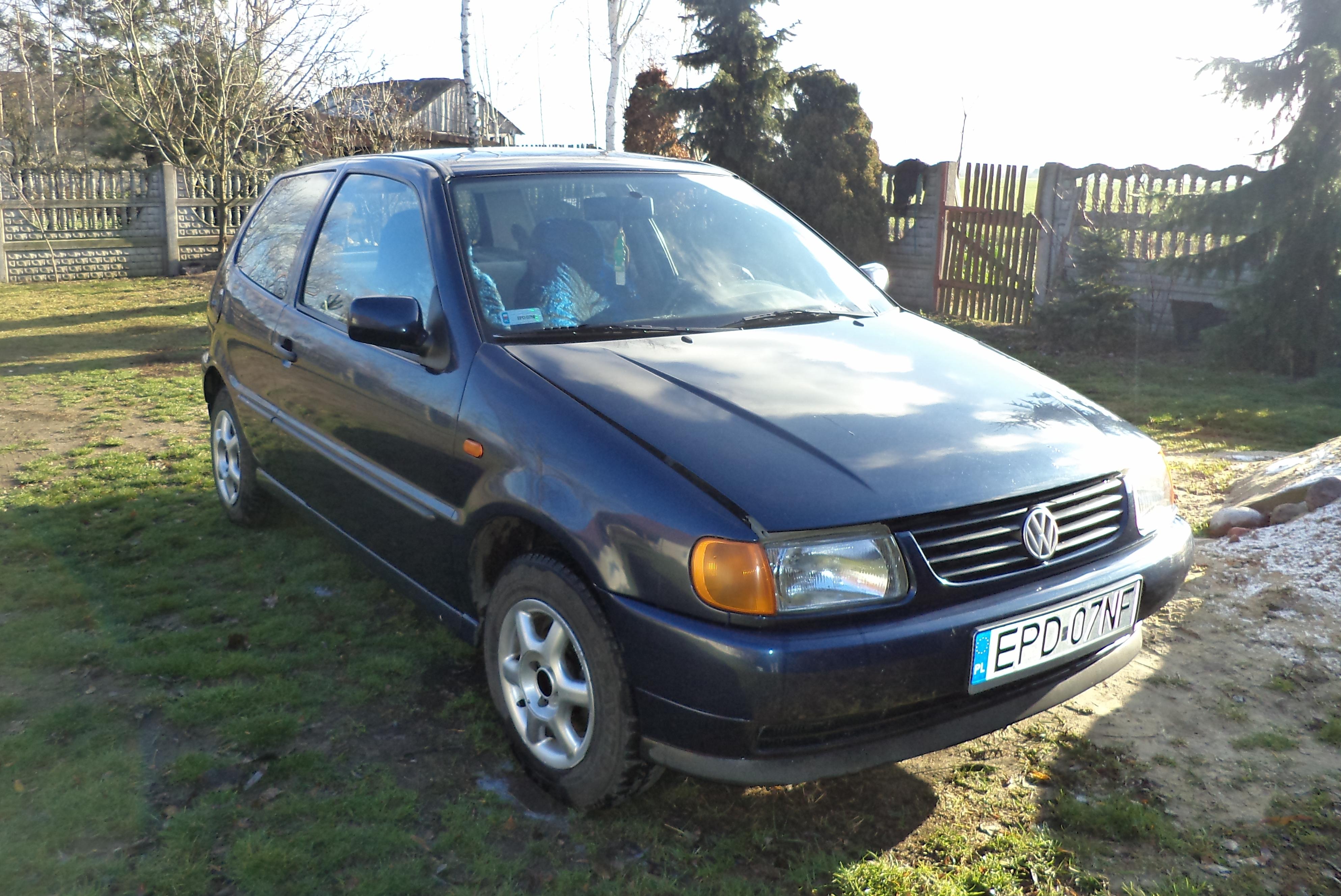 Volkswagen Polo 1.0 Benzyna - stan bardzo dobry. *ważne opłaty*