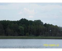 Działka z linia brzegową jeziora Woświn