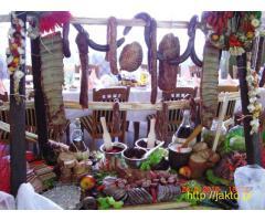 Stół wiejskie na wesele, event, szynka z nogą, pieczyste, tradycyjne swojskie chłopskie jadło