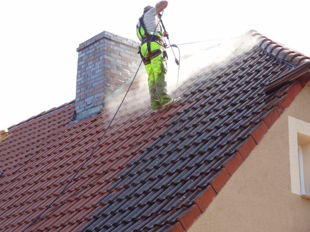 Czyszczenie elewacji mycie dachów polbruku tapicerek ścian bram Tanio