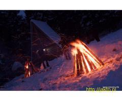 Kuligi w Beskidach z biesiadą, w górach, z kapelą góralską, ogniskiem
