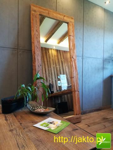 Stylowe ramy luster ze starego drewna