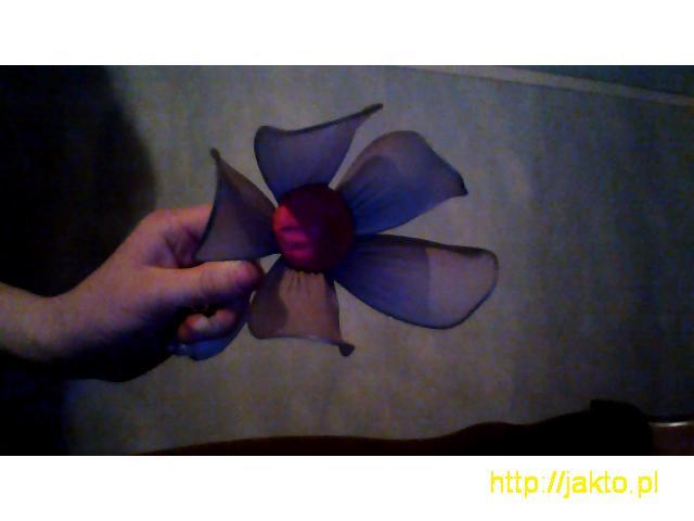 Sprzedam łabędzia z papieru i kwiat z rajstopy