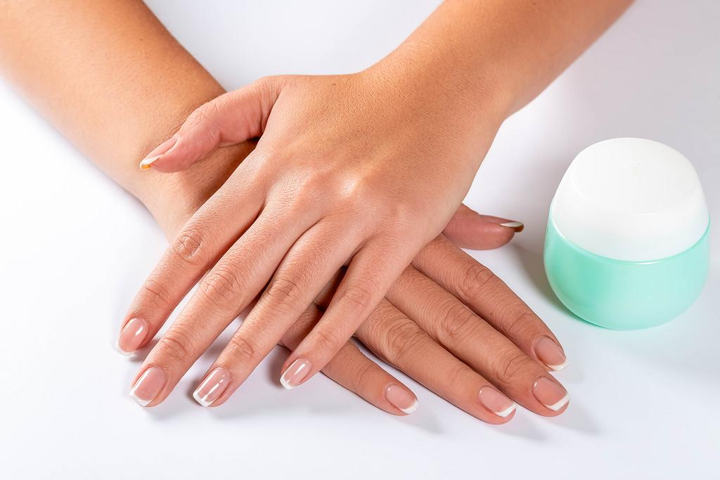 Manicure i pedicure Warszawa - EasyNails