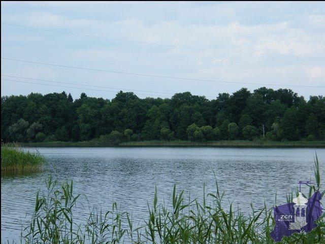 Działka nad jeziorem Woświn